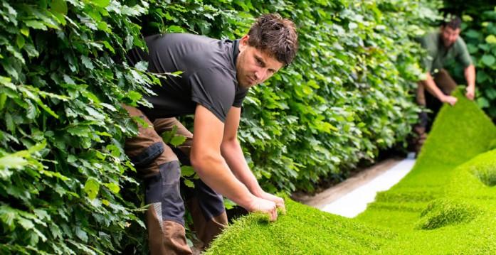Kunstgraslatenleggen • Gras en Groen Kunstgras