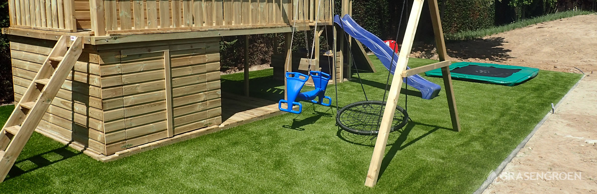Kunstgrasleggenmaaseik1 • Gras en Groen Kunstgras